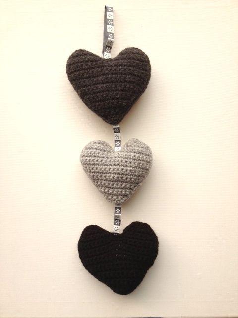 crochet hearts ornament   Joyas de crochet   Pinterest   Ganchillo y ...