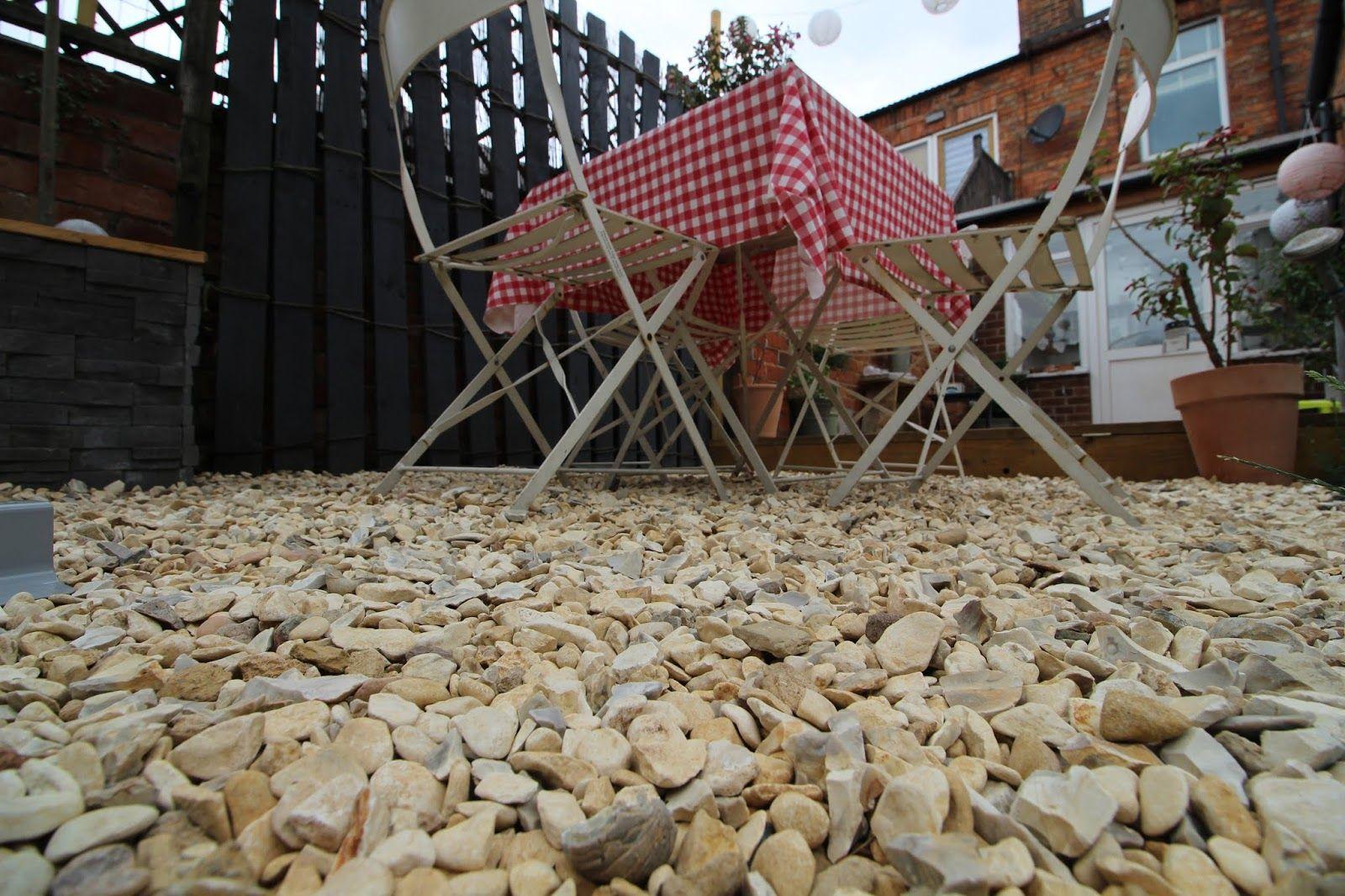 Laying Gravel In the Garden | Gravel patio, Gravel garden ...