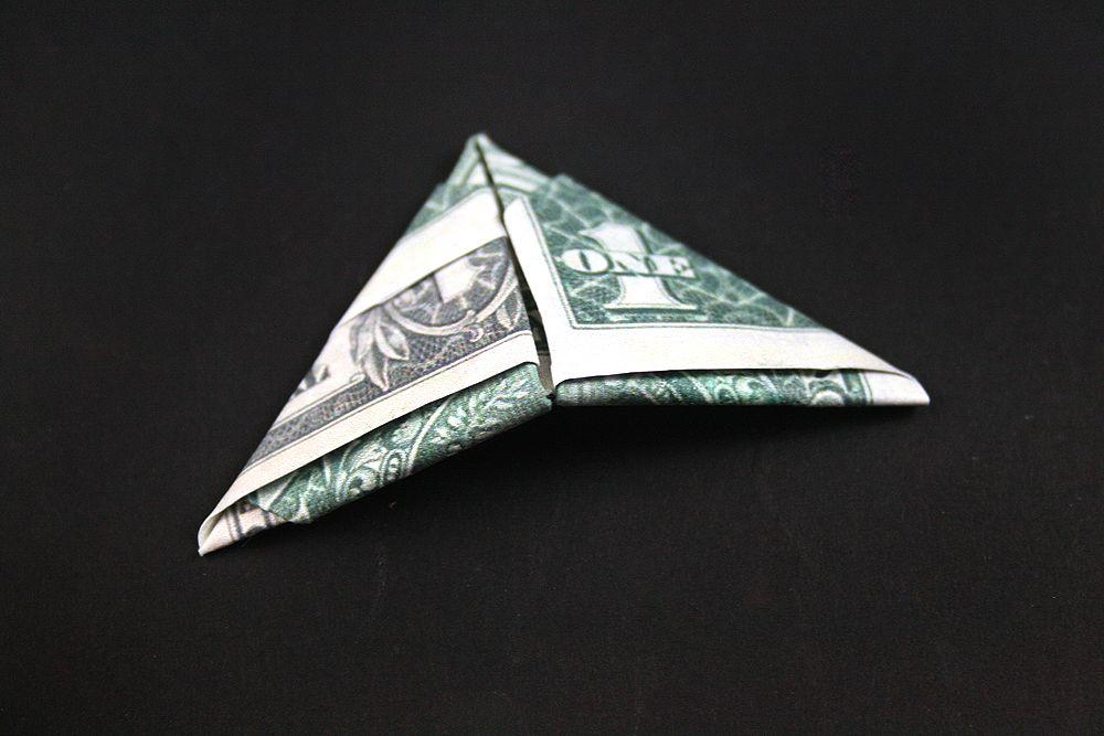сложенный доллар треугольником фото юбке