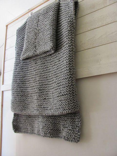 79f27dfdee6aba by Cila  Easy Knit sweater ........