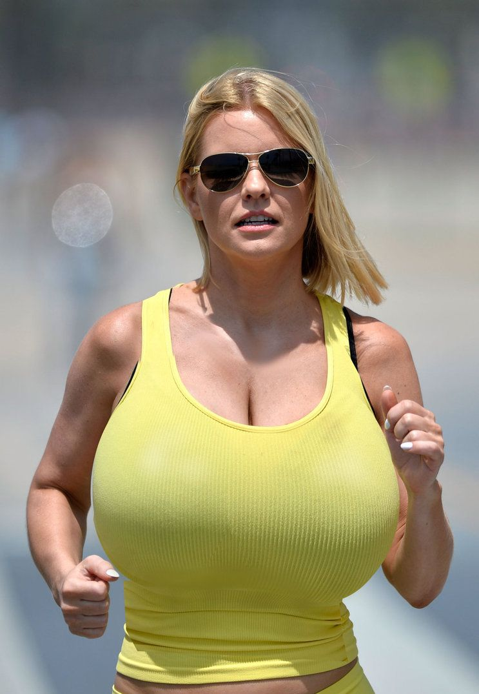 Jennifer aniston sexy nude with cum on face
