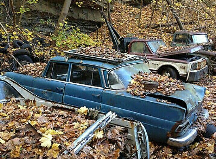 Mercedes fintail heckflosse scrap yard old school for Mercedes benz scrap yard