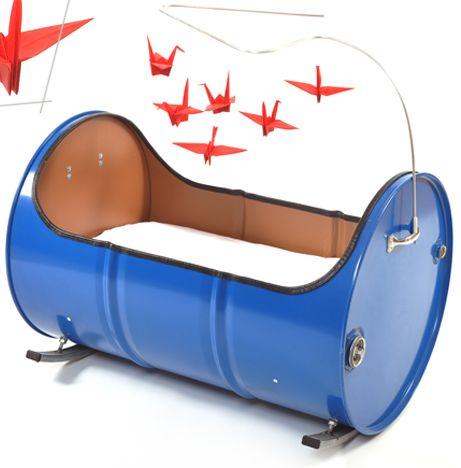 baby bed made in oil barrel barrel pinterest m bel lfass und fass. Black Bedroom Furniture Sets. Home Design Ideas