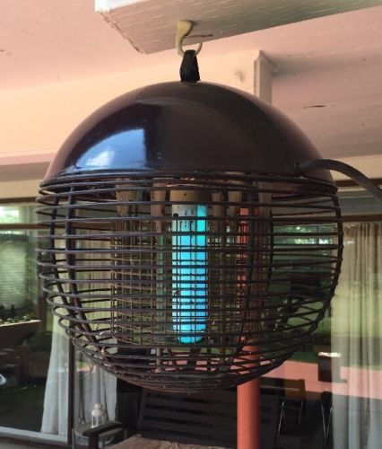 Vintage Patio Web Electric Bug Zapper From Weber ~ 23520 Outdoor Insect  Killer