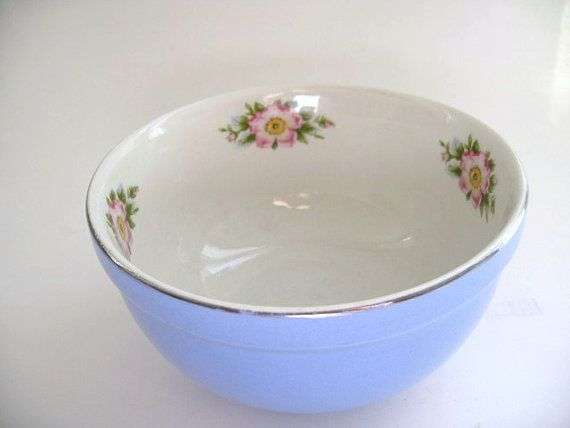 Hallu0027s Superior Quality Kitchenware Bowl Blue Mixing By Klassic, $18.00