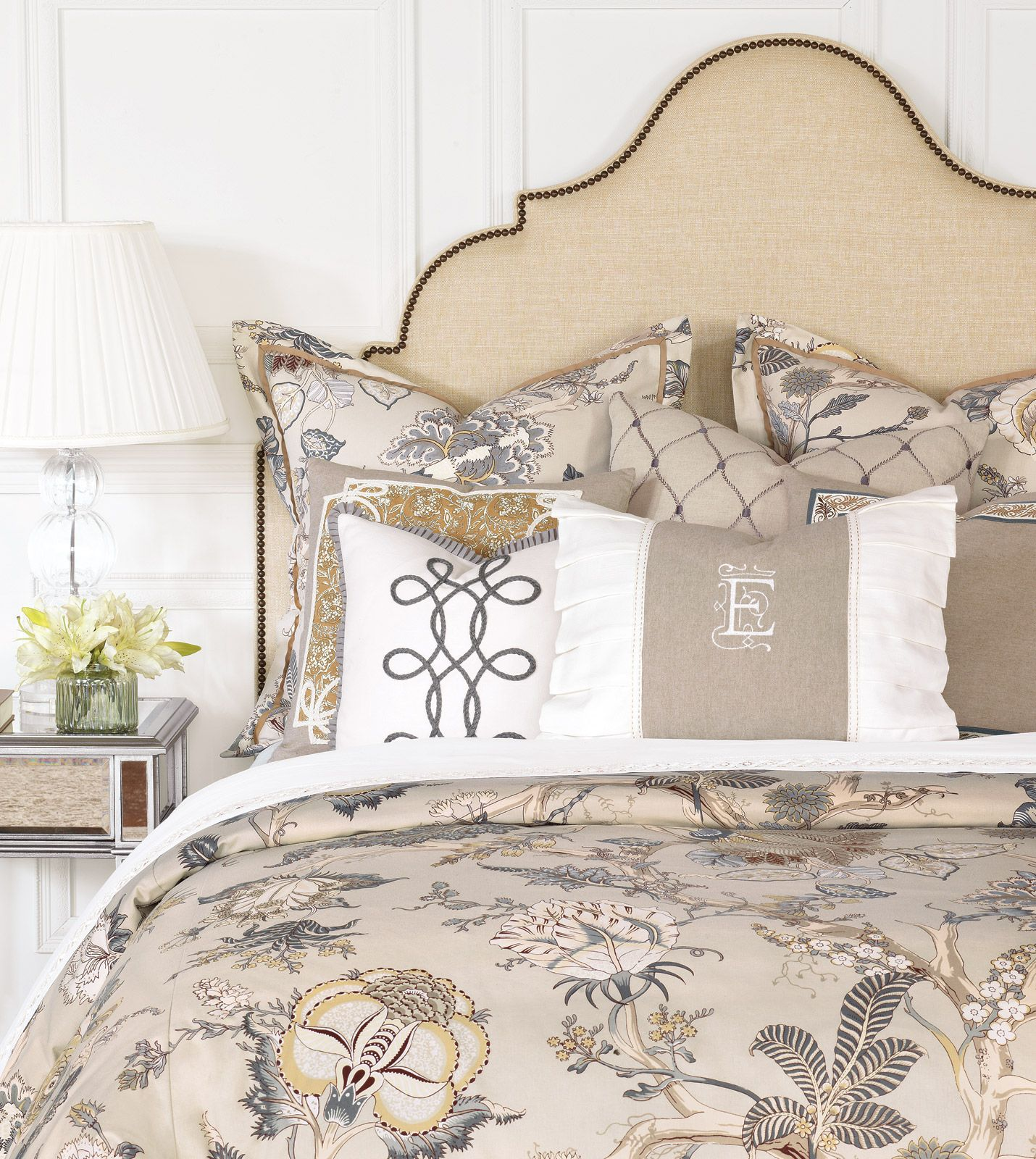edith bedding eastern accents Quality bedding, Duvet