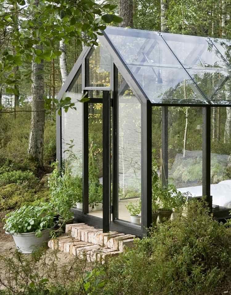 das gartenhaus besitzt ein satteldach aus glas zum beobachten der, Hause deko