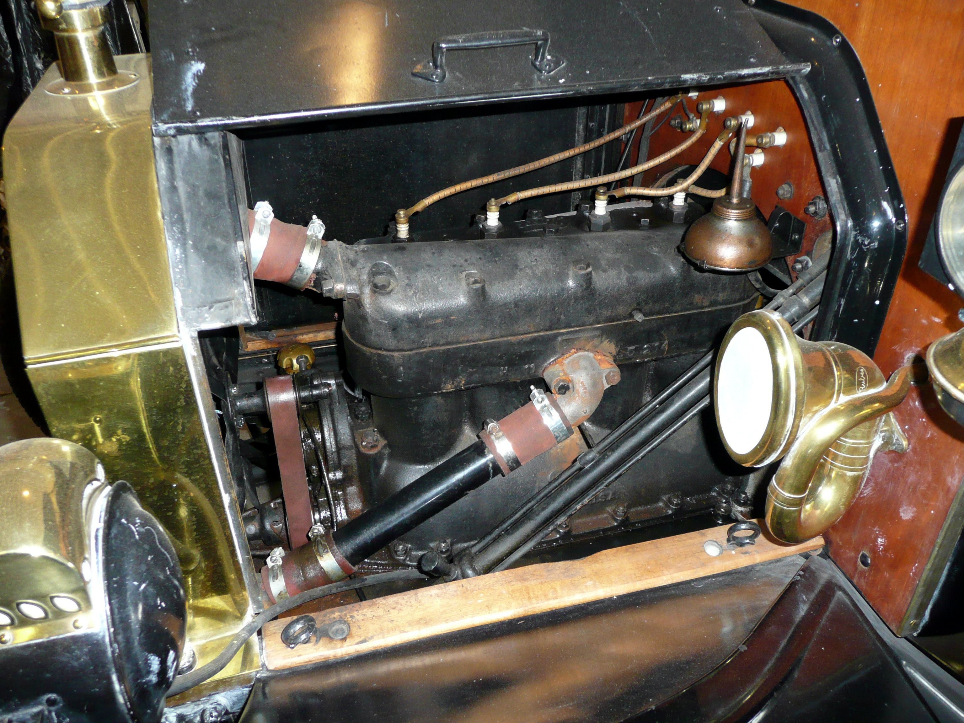 Ford Model T Engine In 2020 Model T Ford Models Engineering