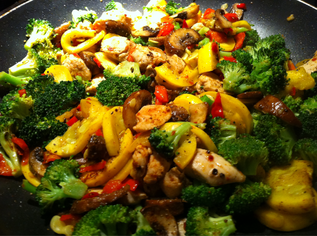 Chicken Broccoli Zucchini Mushroom Red Pepper Stir Fry Cena Vegetales Vida Sana