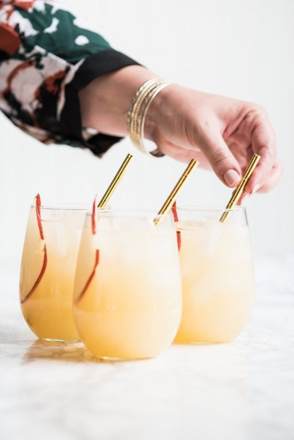 Fizzy Spiked Pear Punch - The Sweetest Occasion