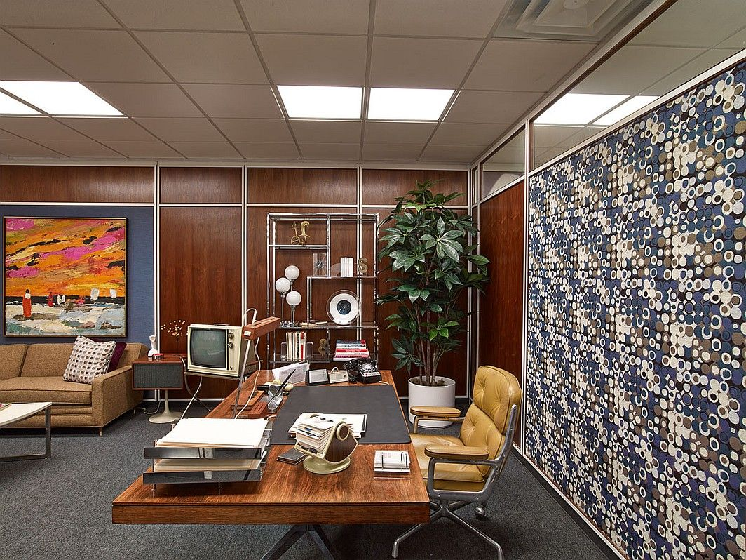Mad Men Office tour mad men's swinging, groovy sets | mad men, mid century and desks