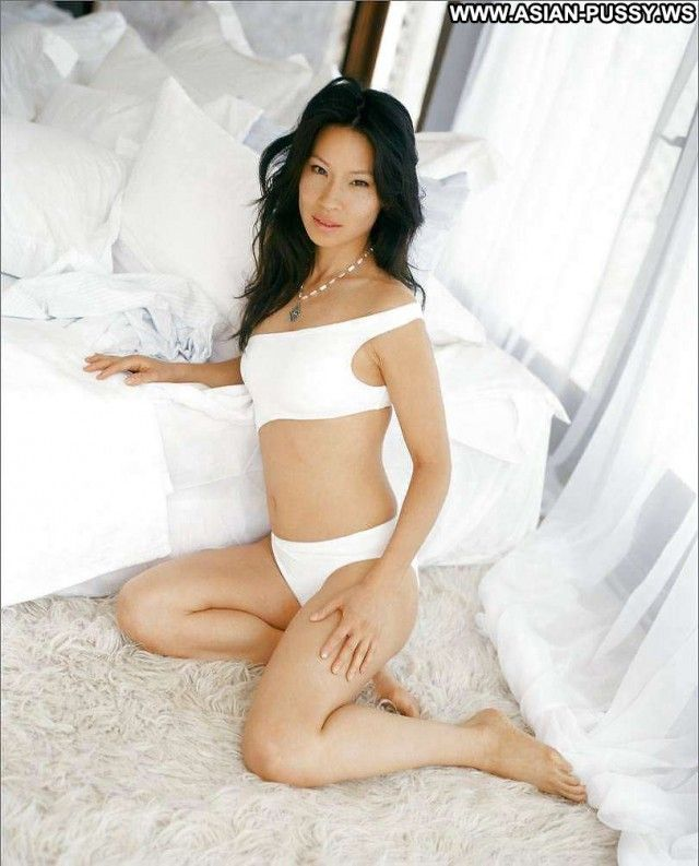 Sexy hot asian ass