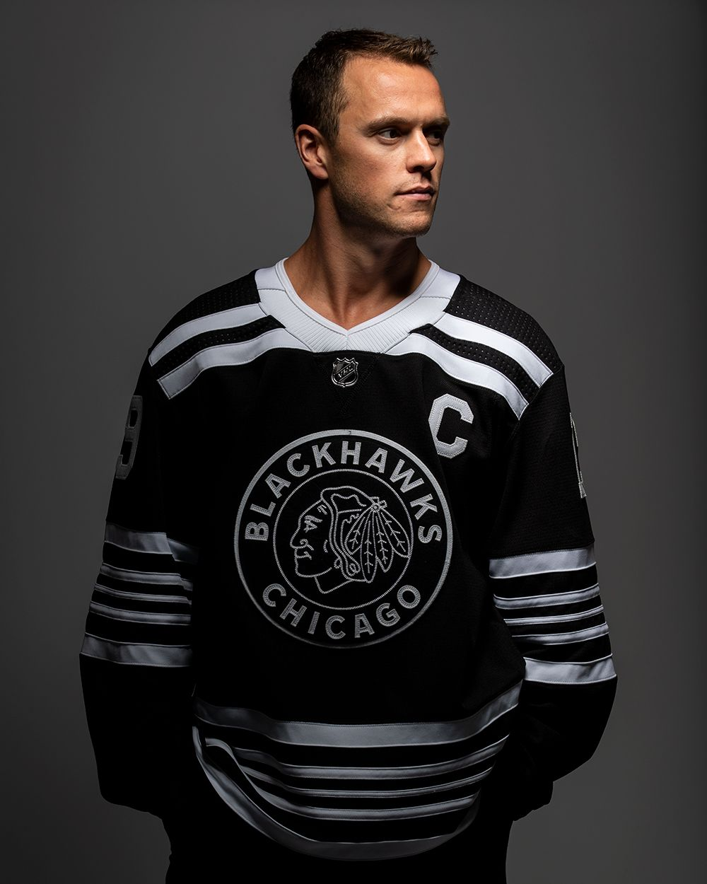 super popular 02b67 ed9fd Blackhawks Store on | Blackhawks Store | Chicago blackhawks ...