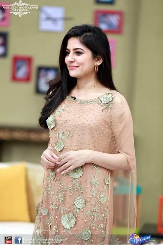 5aad5a87fe Sanam baloch | dresses i love | Sanam baloch dresses, Pakistani ...