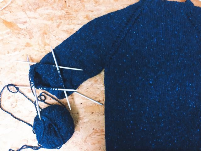 573c6d69a Learn all you need to know in order to knit your first sweater and look at  some easy patterns for your first time out. Here s how to knit a sweater.