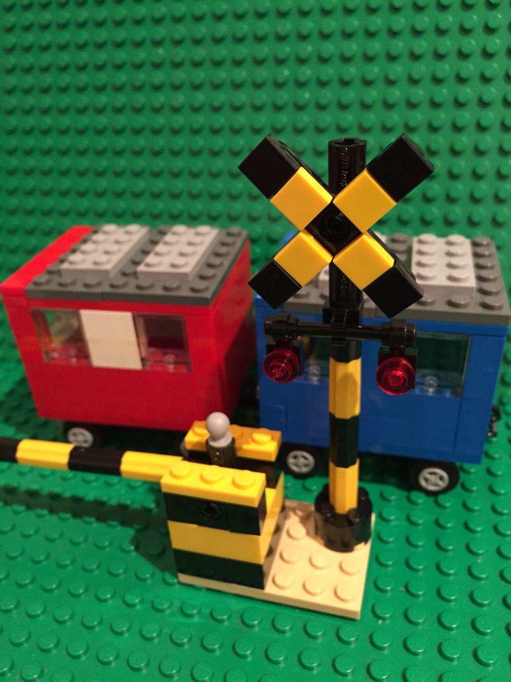 レゴで作る踏切 Lego Railroad Crossing レゴ レゴ アイデア 作る
