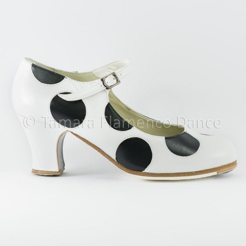 Begoña en Lunares Modelo lunares flamenco Cervera negros con de blanco profesional Zapato qOWUAZW
