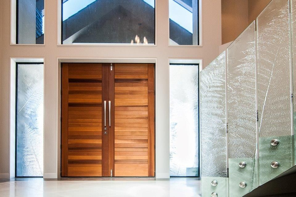 Home Design Architecture Slumped Glass Fern Impression Stair Way