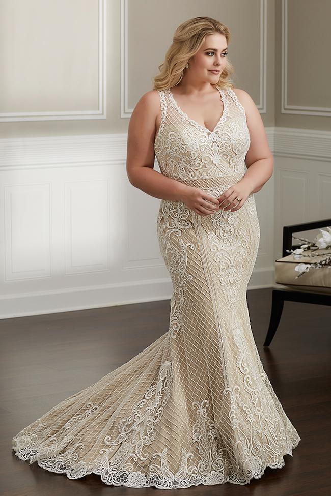 Wu Love 29332 Curvy bride, Ball gown skirt