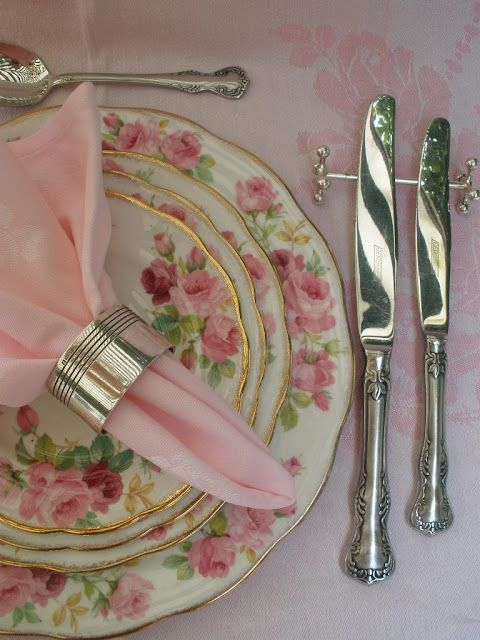 Knife rests add a nice toouch to a formal table. Napkin FoldingPlace SettingsTable ... & Knife rests add a nice toouch to a formal table. | *Tablescaping ...