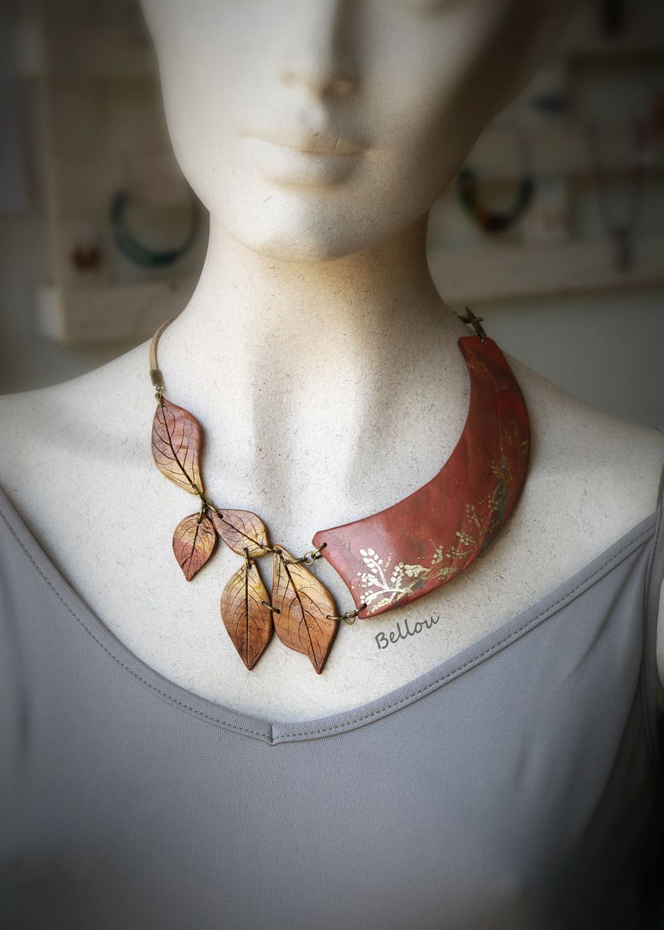 Collier d'automne feuilles or et cuivre : Collier par bellou