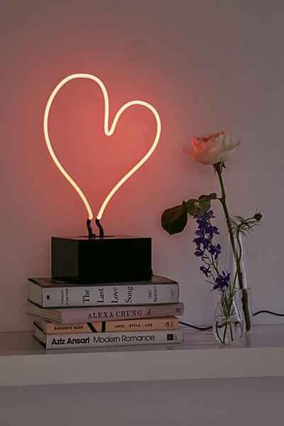 Neon Mfg Heart Sign Table Lamp