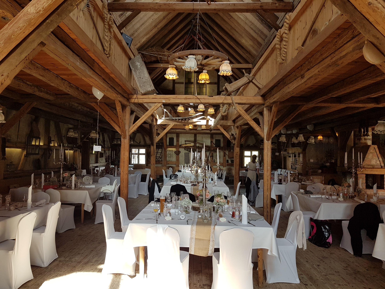 Tolles Ambiente In Den Lenderstuben Hochzeitsmusik Hochzeitssongs Hochzeit