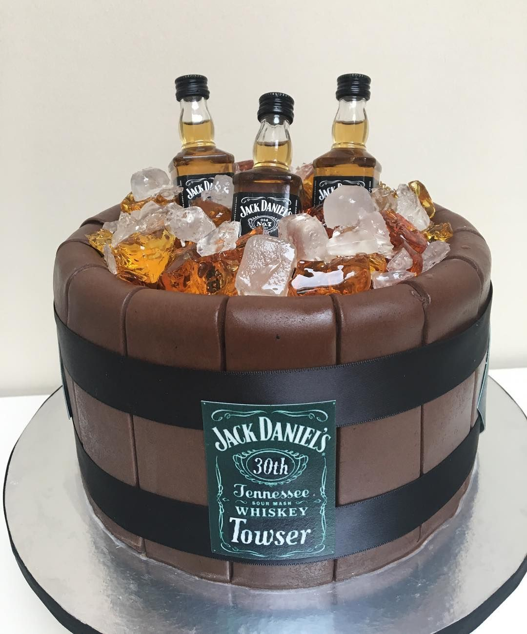 With Images 21st Birthday Cakes Whisky
