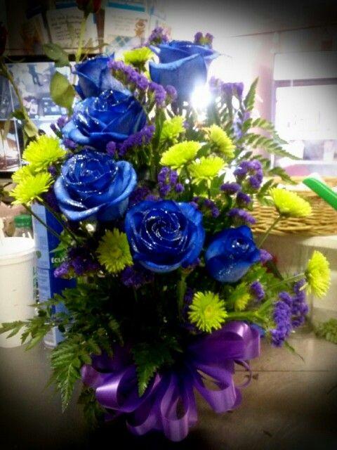 half dozen blue roses flower arrangements i create