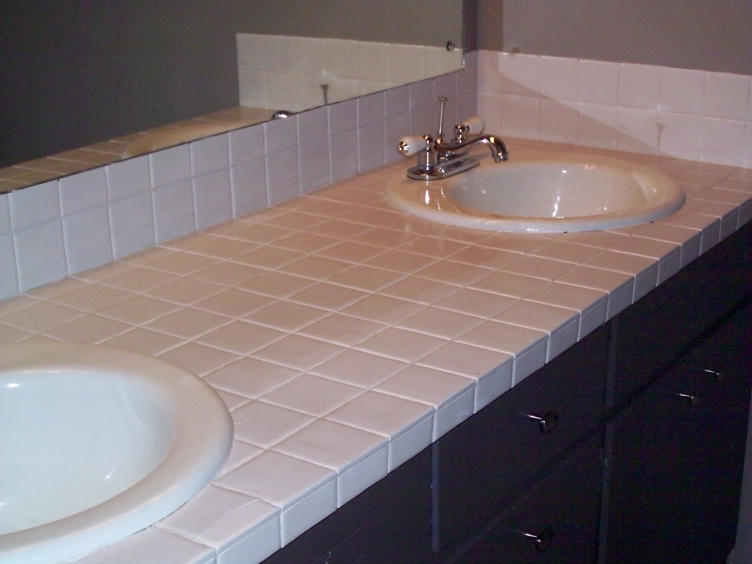 How to paint ceramic tile countertops home painting - Ceramic tile bathroom countertops ...