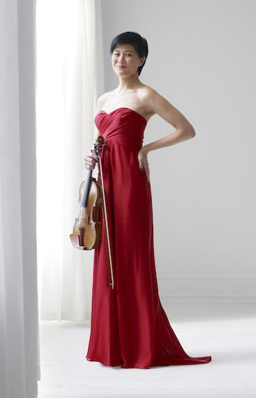 Jennifer Koh: Bach and Beyond! http://www.violinist.com/blog/laurie/20151/16536/