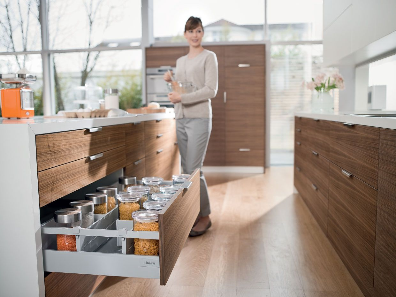 Kitchen cabinet accessories blum - Blum Blum Tandembox Antaro Worganisation Loft Kitchenirelandkitchen Organizerskitchen Accessoriesdublinorganization