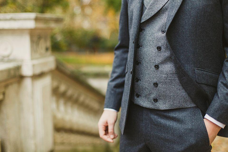 Veston en flanelle gris à 5 boutons #style #menstyle #menswear #dandy #chic #blandindelloye #rody