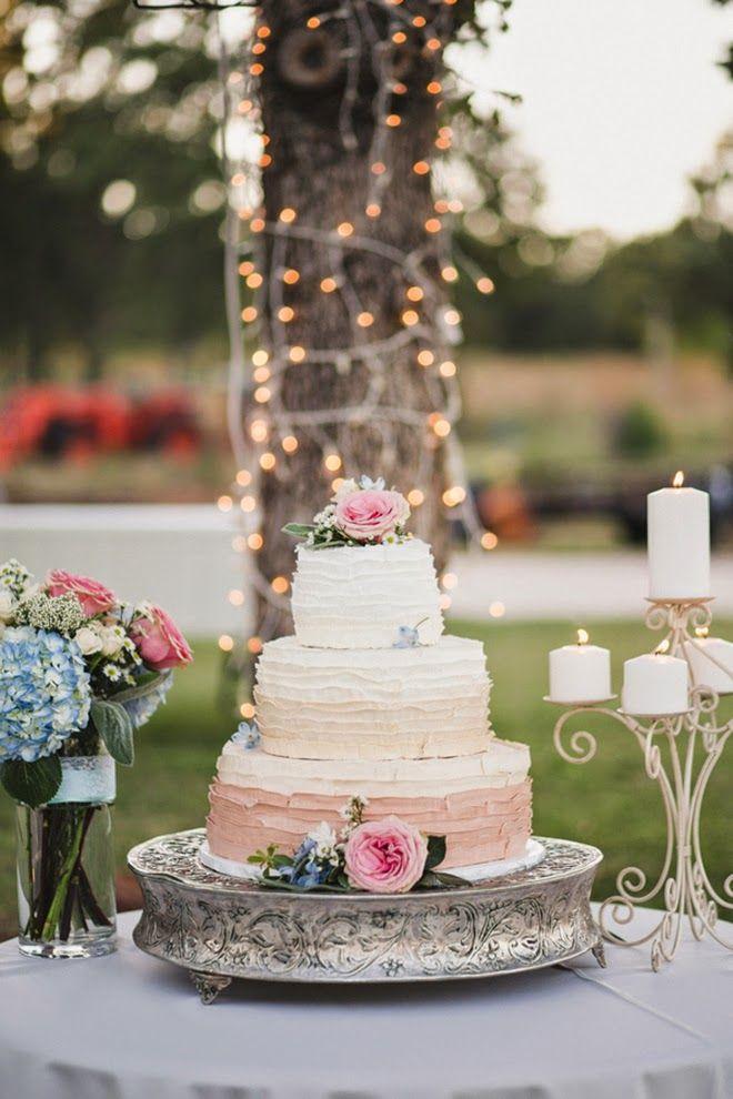 Gorgeous Bohemian Inspired Wedding in Oklahoma | bellethemagazine.com