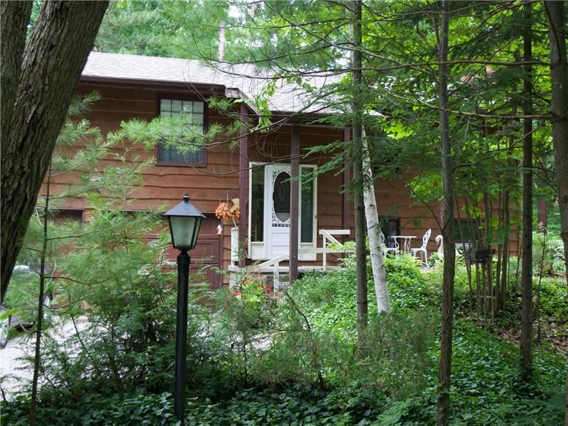maplewood grand cozy rentals grandbend foot min rental to by bend br beach cottage house cottages lakehouse quiet