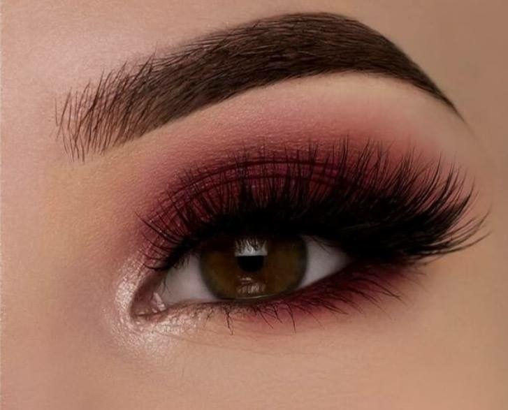 Dark red eye makeup Maquillaje Pinterest Maquillaje, Ojos y