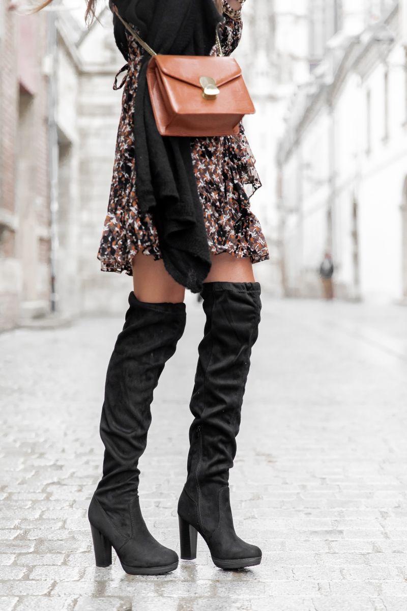 tenue avec bottes suede talons