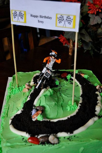 dirt bike cake 3 Dirt bike cakes Bike cakes and Dirt biking