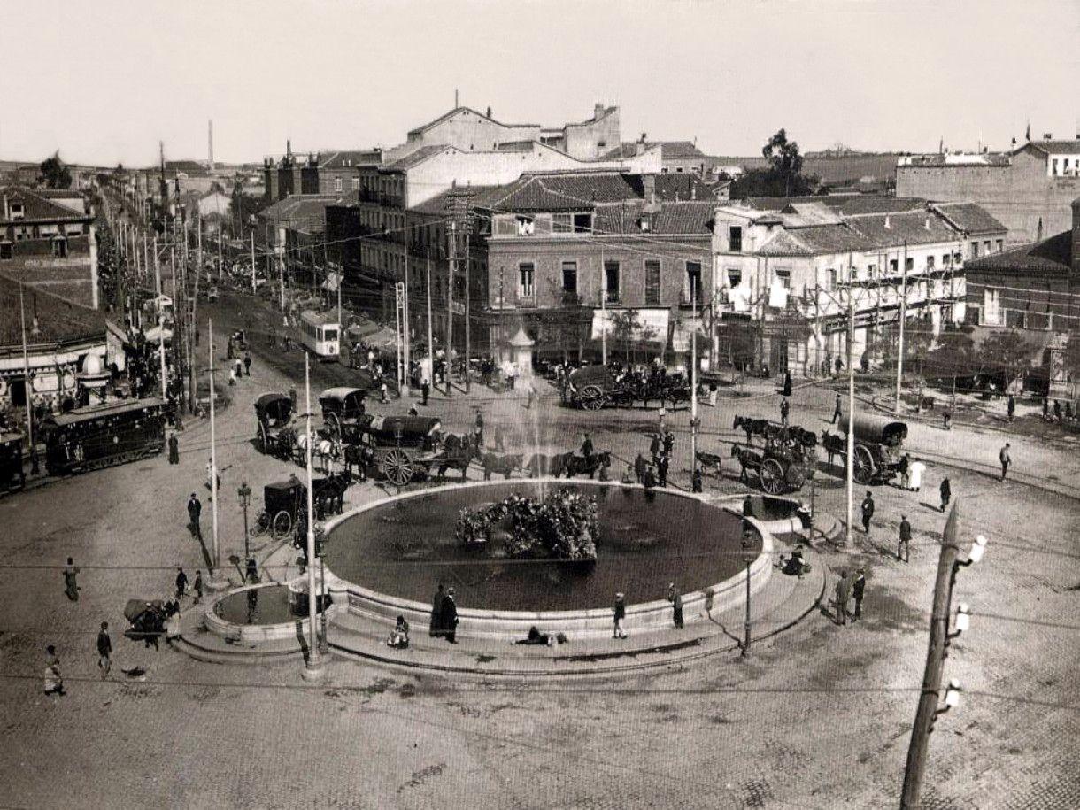 Glorieta De Cuatro Caminos 1913 En El Centro Ya Se Encuentra Instalada La Fuente Trasladada