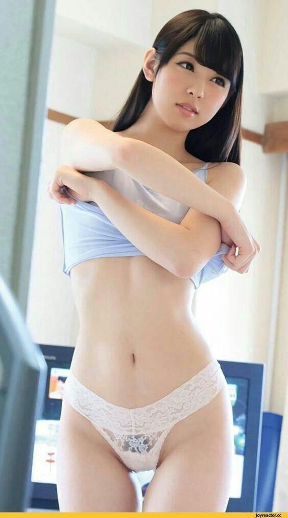 sexy girl spread bikini asian