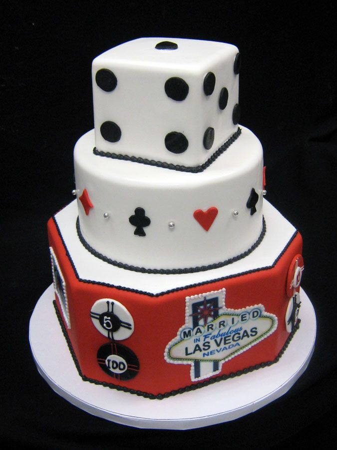 Las Vegas Themed Wedding Cakes Freeds Bakery Suits of Love