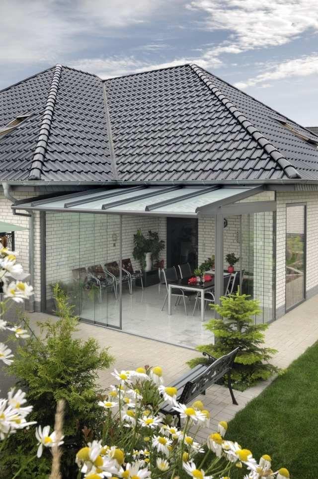 Wintergarten gestaltung faltt ren glas essbereich for Gestaltung garten terrasse