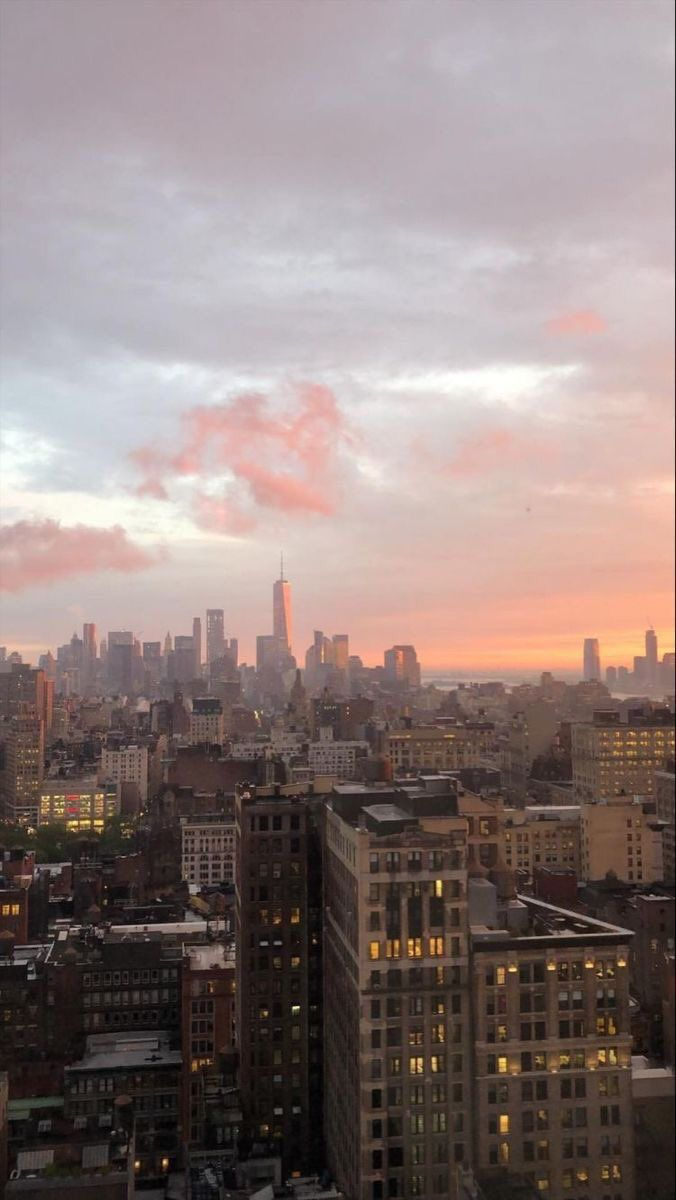 Pin By Luci Morgan On Ever Since New York City Aesthetic Sky Aesthetic Aesthetic Pictures