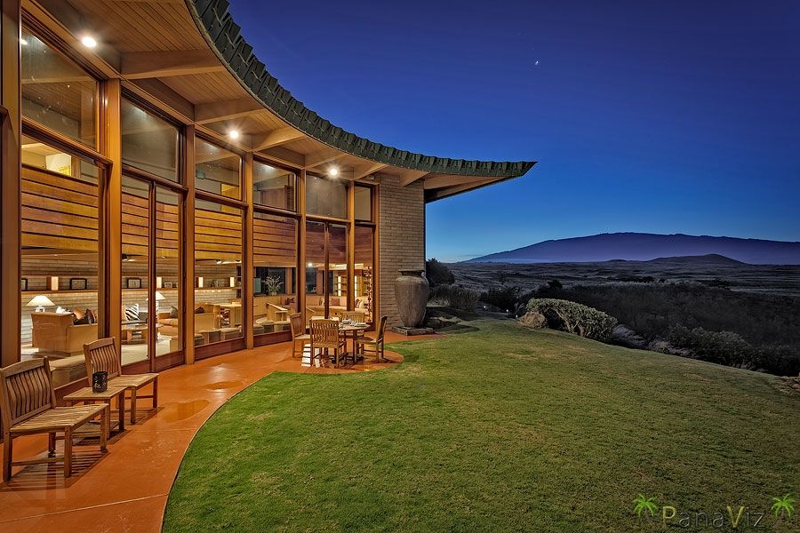 Photography of a Frank Lloyd Wright Home in Hawaii | Luxury Resort Hotel Photographer