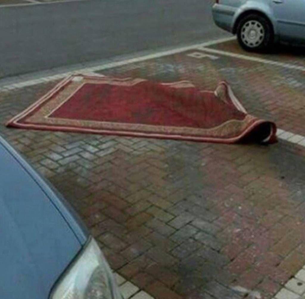 Aladdin parks like an asshole.