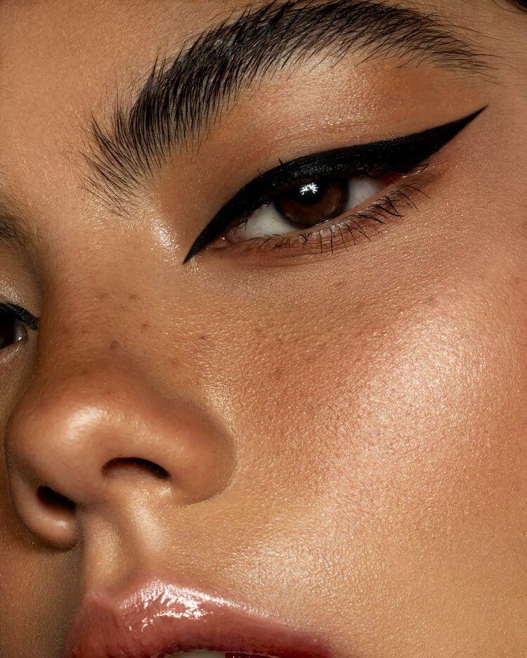 makeup makeuplooks eyemakeup eyeliner cateye