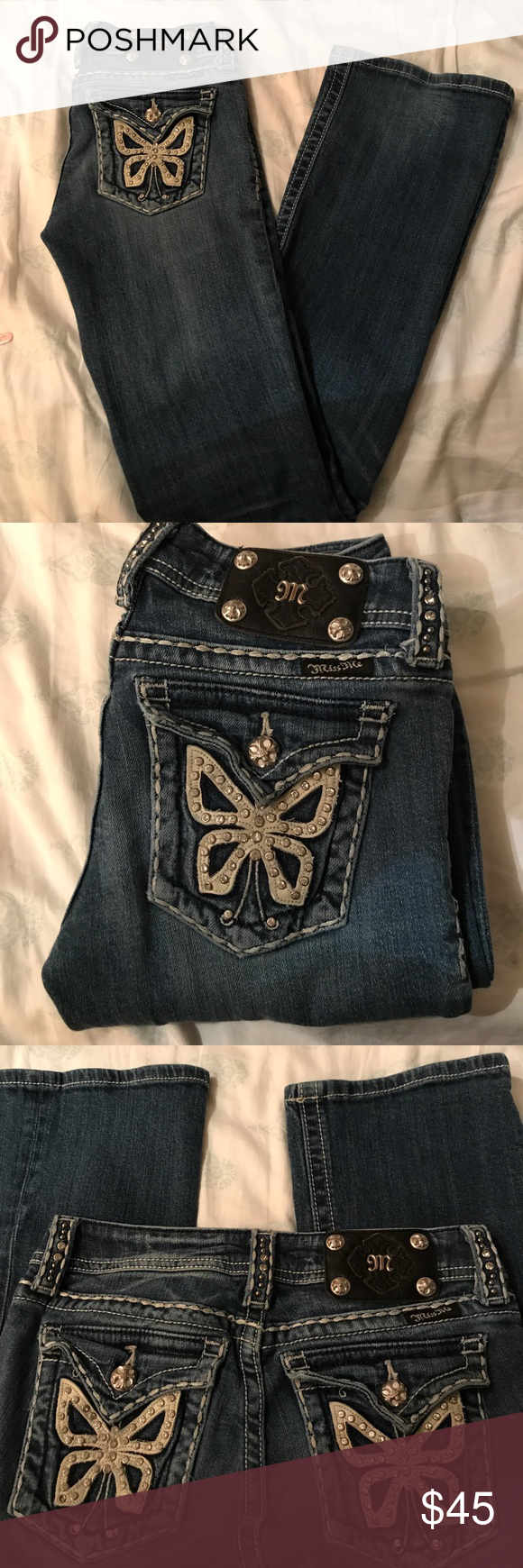 Miss Me Jeans JP5019-3 SZ25 This is a pair of Niss me Jeans that are in great condition with little wear and tear. No rhinestones are missing. This is a boot cut with a faded wash. The Jean bottoms have no rips or fraying. Size 25 Miss Me Jeans Boot Cut