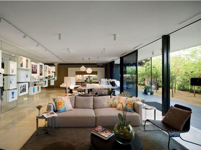 2009 Real Estate Sales Office Design Elenberg Fraser Architecture