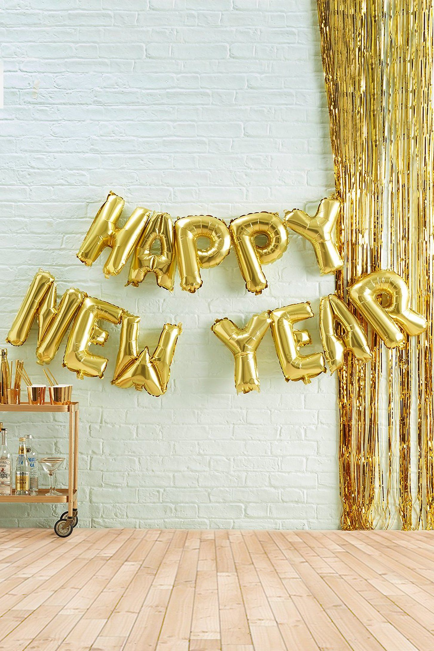 Ginger Ray Happy New Year Bunting | boohoo (With images ...