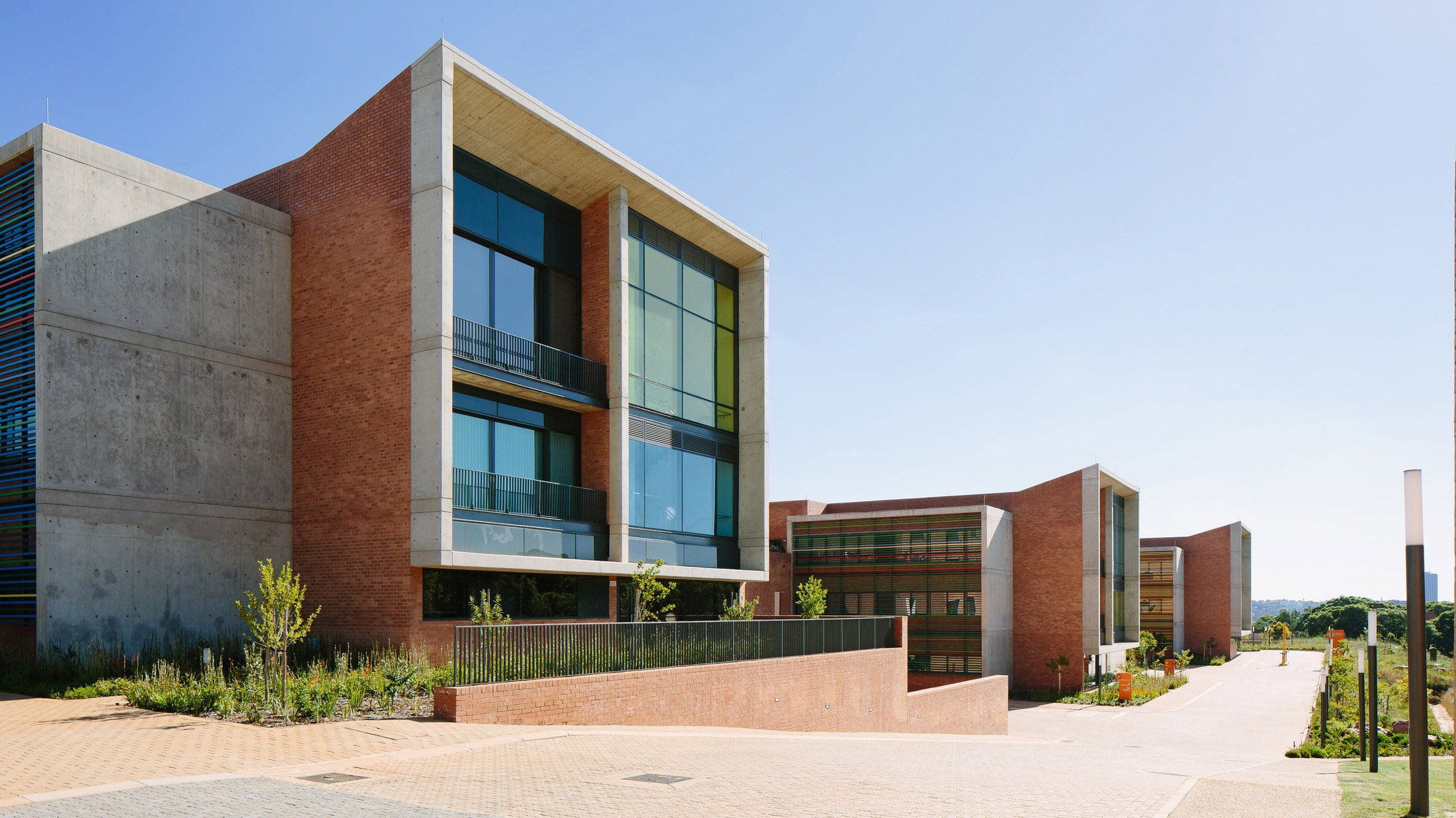 Nelson Mandela Children S Hospital By Sheppard Robson And John Cooper Architecture Arquitectura De Salud Hospitales